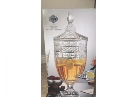 Brand NEW Crystal Beverage Dispenser