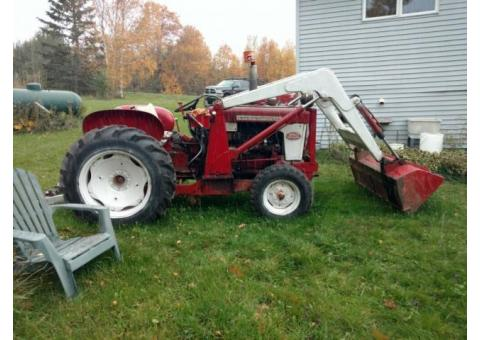 International 340 Utility Tractor with Bucket