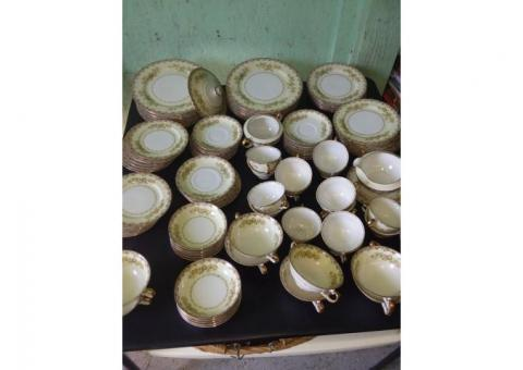 76 pc Hand Painted Meito China set