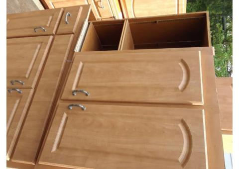 Cabinets  11 total